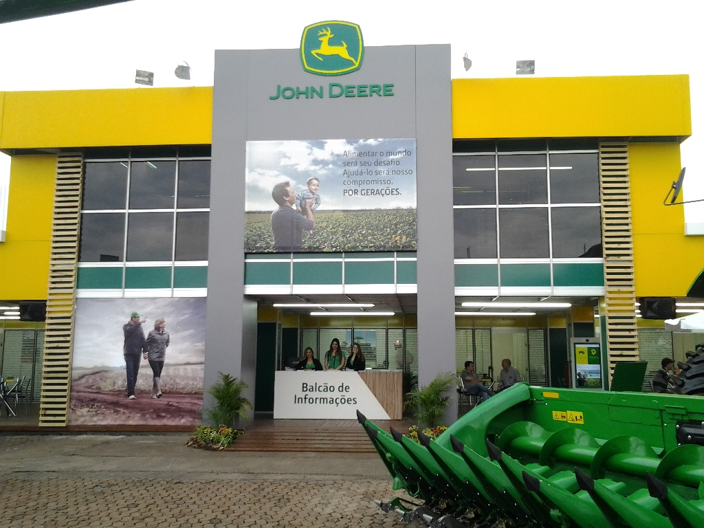 John Deere - Expointer - Atitude Marketing Promocional