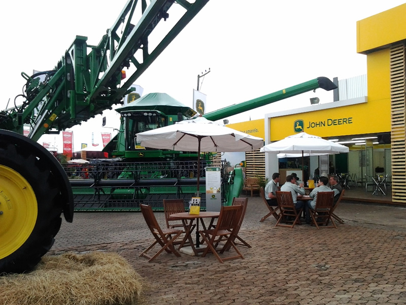 John Deere - Atitude Marketing Promocional